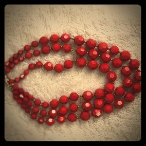 Accessories - Chunky red bead necklace